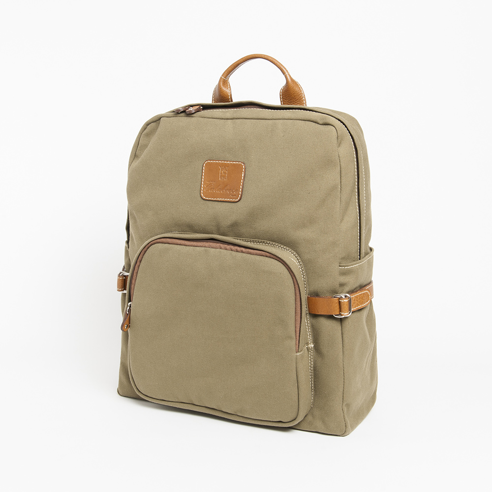 Calabrese Epomeo Backpack in Verde Militare color